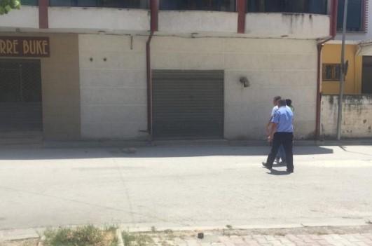 Vdiq me bukë në dorë  Zbulohet emri i kalimtarit që u vra gjatë përplasjes me armë mes dy grupeve shqiptare