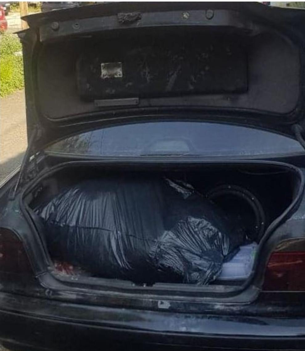 Kapen 12 kg drogë në Tetovë  arrestohen babë e bir