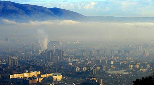 Ndotja ajrit  të martën janë paralajmëruar protesta