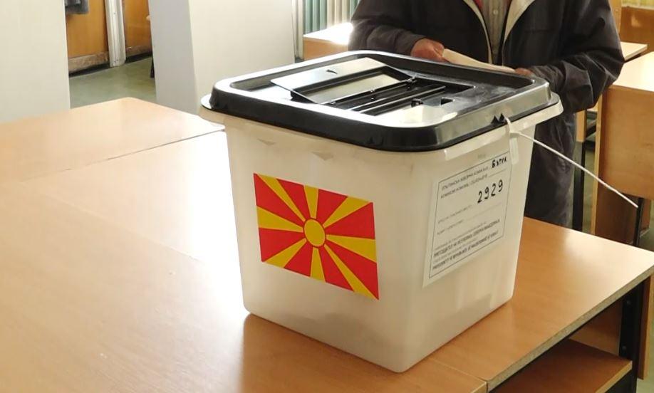 Shpërndahet materiali zgjedhor  Derkoski apelon të votohet pa frikë  janë siguruar mjete mbrojtëse